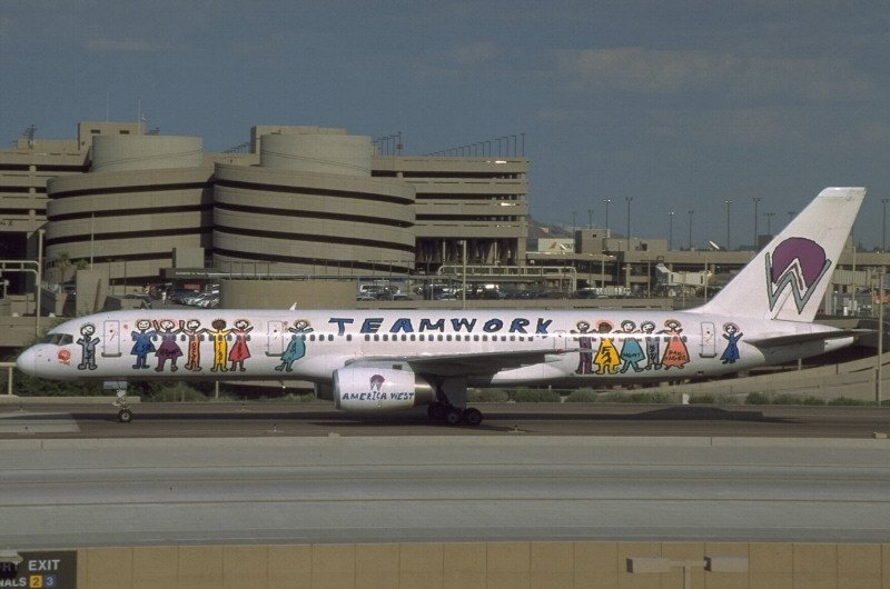 Topic of the Week: Your Least Favorite Special Livery | Cranky Flier
