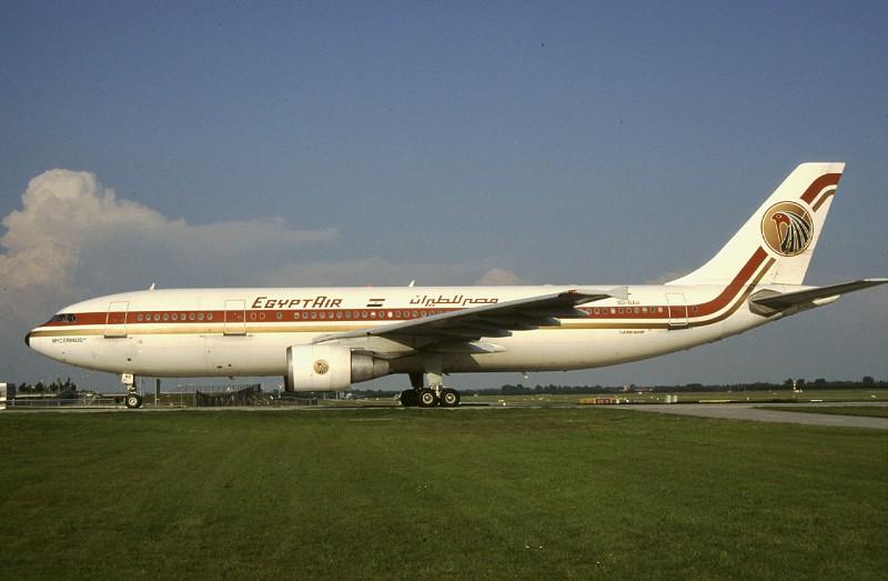 http://www.planespotter.de/images/0000/0266h.jpg